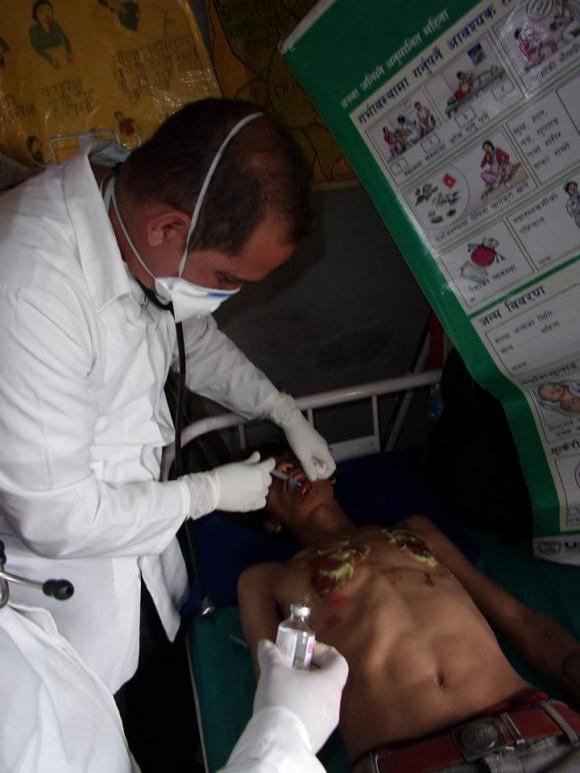 Médicos Nepal (10)
