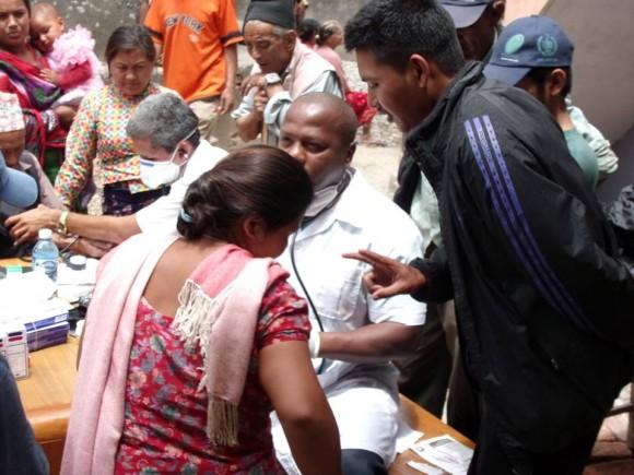 Médicos Nepal (14)