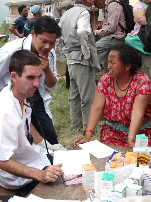 Médicos Nepal (8)