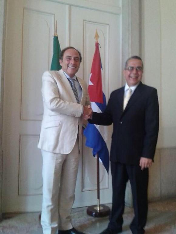 Marcelino Medina con con Paulo Portas el Vice Primer Ministro de Portugal
