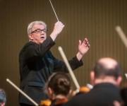 Osmo Vänskä, director de la Orquesta Sinfónica de Minnesota dirigió el concierto de apertura del la feria internacional CUBADISCO 2015, en el Teatro Nacional, en La Habana. AIN FOTO/Abel ERNESTO.