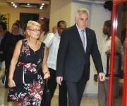 Tomislav Nikolic (D), Presidente de la República de Serbia, arribo a  Cuba en visita oficial, en el Aeropuerto Internacional José Martí, en La Habana, el 18 de mayo de 2015. Foto: Marcelino Vázquez Hernández / AIN / Cubadebate