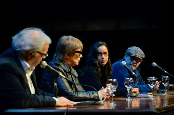 La Ministra de Cultura argentina Teresa Parodi habla en la presentación del libro. Foto: Kaloian / Cubadebate