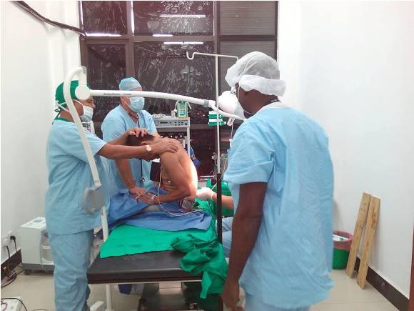 Foto: Facebook de la brigada médica cubana en Nepal.