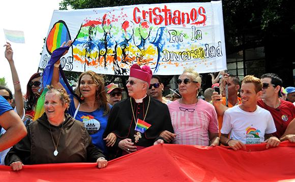 Desfiles en toda Cuba por el Día Internacional de los Trabajadores