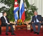 Durante el fraternal encuentro, ambos dirigentes dialogaron sobre el excelente estado de las relaciones bilaterales y abordaron temas de la actualidad internacional. Foto: Juvenal Balán/ Granma