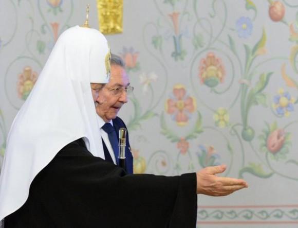 Kirill y Raúl en el Palacio del Patriarca. Foto: @dimsmirnov175/ Twitter