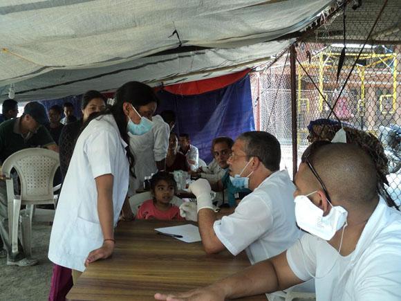 médicos cubanos nepal5