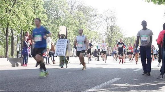 Siabatou Sanneh durante el maratón. Foto: EuroNews.