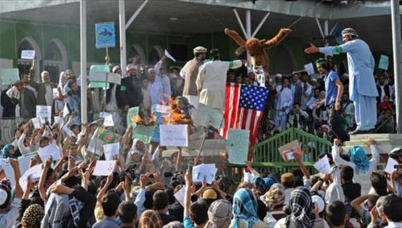 Afganos protestaron contra la presencia de tropas extranjeras, lideradas por Estados Unidos. | Foto: Hispantv.
