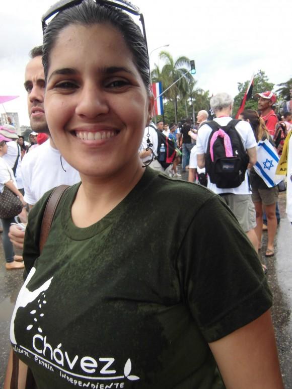 Mujeres en el Primero de Mayo en La Habana. Foto: Maribel Acosta
