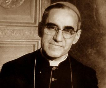 Oscar Arnulfo Romero. Foto tomada de biografiasyvidas.com