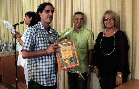 Carlos Javier Solis Méndez, Segunda Mención en diseño integral. Foto: Ladyrene Pérez/ Cubadebate.