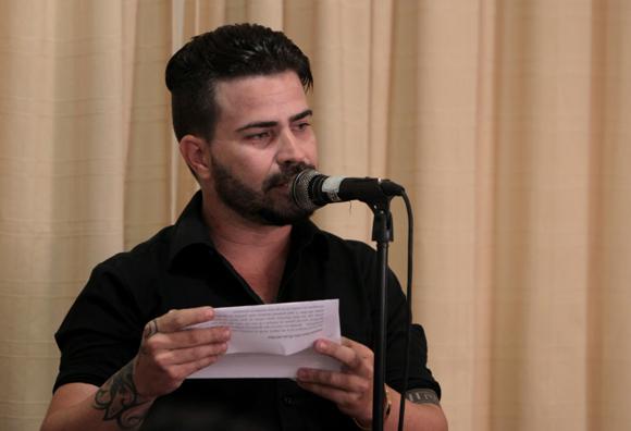 Johann Trujillo, Segundo Premio en la categoría de Mejor Colección y Segundo Premio en Diseño de Cubierta. Foto: Ladyrene Pérez/ Cubadebate.