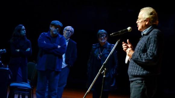 Escuchando a Boccanera. Foto. Kaloián / Cubadebate