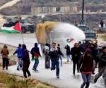 Fuerzas israelíes reprimen una protesta palestina en Cisjordania. Foto: HispanTV.