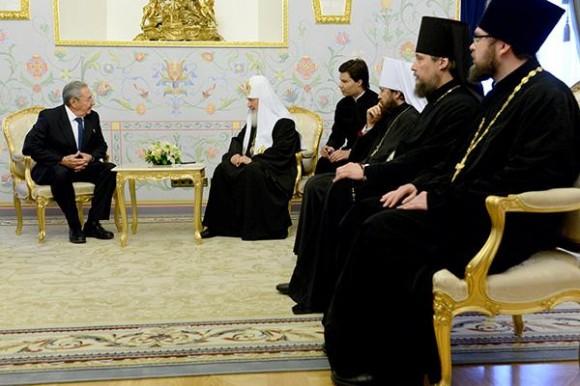 Ambos líderes conversaron en el Palacio del Patriarca, en Moscú. Foto: Twitter