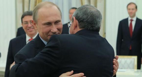 Los líderes de Cuba y Rusia en el encuentro en el Kremlin. Foto: TASS