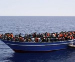 rescatan las autoridades italianas a migrantes