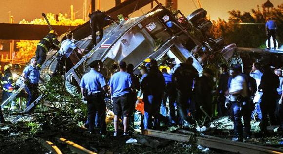 Causa muertos descarrilamiento de tren en Estados Unidos