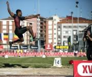Pedro Pablo Pichardo en el mitin atlético de Bilbao, donde se estrenó con oro en el salto de longitud. Foto: Miguel Toña / EFE