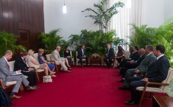 Díaz Canel recibió a Senadores Republicanos, el 13 de junio de 2015. Foto: Calixto N. Llanes / Juventud Rebelde / Cubadebate