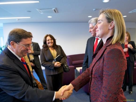 Bruno Rodríguez Parrilla, Ministro de Relaciones Exteriores y Federica Mogherini, Alta Representante de la Unión Europea para Asuntos Exteriores y Política de Seguridad. Foto: Newsroom.