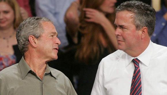 El dilema de Jeb Bush: como distanciarse de su hermano George lo suficiente pero no del todo. Foto: AP.