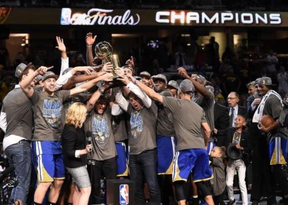 Los Warriors campeones