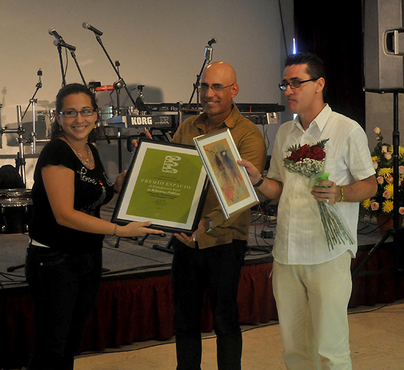 Luzardo recibe el premio