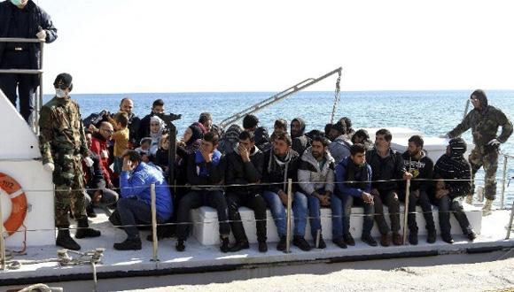 Casi a diario llegan a Europa inmigrantes de  África y Asia. Foto: EFE.