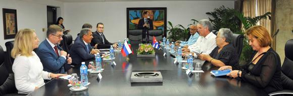 Miguel Díaz Canel con presidente de Tatarstán en noviembre de 2014. Foto: Archivo.