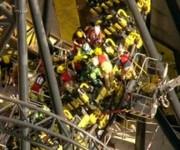 Las personas a bordo de la atracción vivieron momentos de terror.
