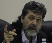 Abel Prieto alertó sobre el lugar de las TIC en los procesos descolonizadores de la cultura. Foto: Ismael Francisco/ Cubadebate