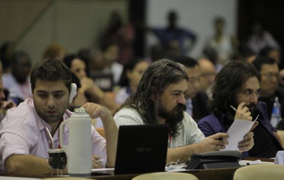 Asistentes al panel ciberseguridad de la Conferencia Internacional Nuevos Escenarios de la Comunicación Política en el ámbito digital. Foto: Ismael Francisco/ Cubadebate