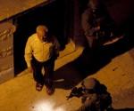 El presidente del Consejo Legislativo palestino, Aziz Dweik, en el momento de ser detenido por soldados israelíes. 16 de junio de 2014. Foto: HispanTV