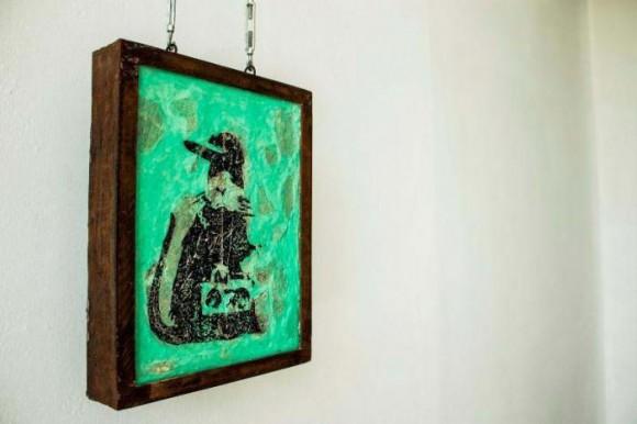La obra de la serie Gangster Rat, de Banksy, será expuesta hasta hoy en la galería habanera Teodoro Ramos. Foto: cortesía nestor siré