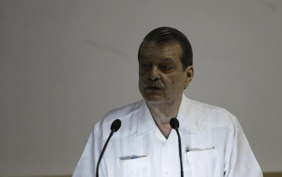 El Viceministro Abelardo Moreno inaugura la Conferencia. Foto: Ismael Francisco/ Cubadebate