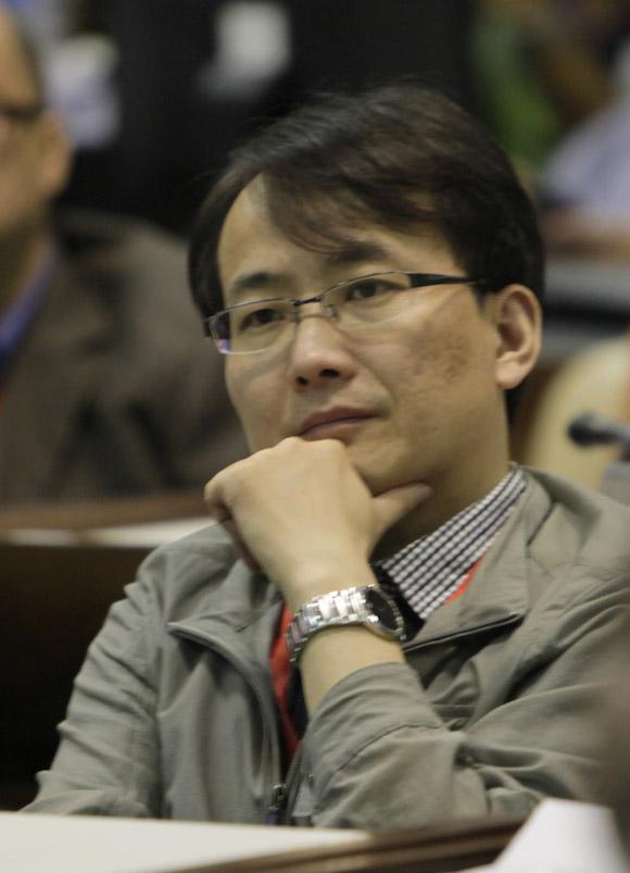 """Li Tao, director general adjunto de la oficina de política y reglamento de la administración del ciberespacio de China, durante la Conferencia Internacional """"Nuevos escenarios de la comunicación política en el ámbito digital"""". Foto: Ismael Francisco/ Cubadebate"""