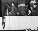 Fidel Castro habla en Harvard, en abril de 1959. Foto: Archivo de Harvard.