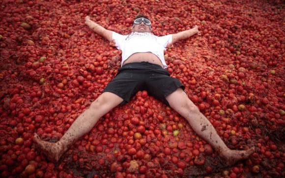 Realizan novena versión de la Gran Tomatina Colombiana. Foto: Xinhua.