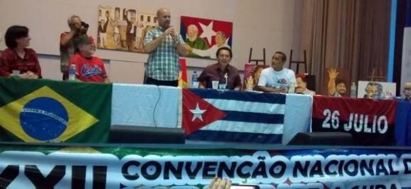 Gerardo Hernández agradece a brasileños apoyo a su liberación.