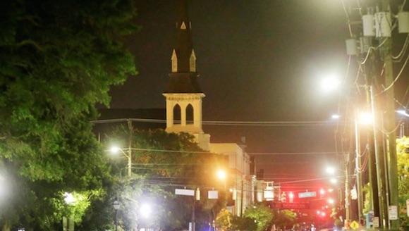 Matanza racial a tiros en un templo de EE.UU.: 9 muertos. Foto: Clarín