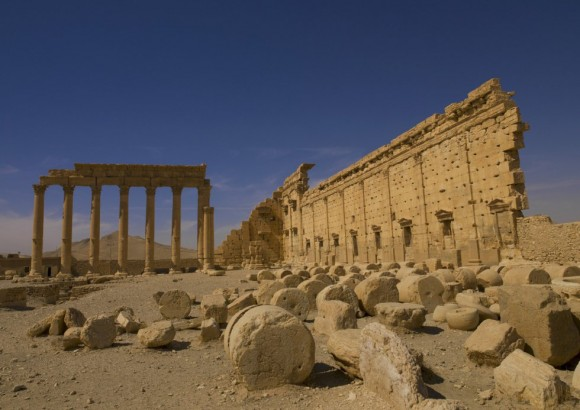 La histórica ciudad de Palmira es eje estratégico de comunicaciones en el desierto de Siria y célebre por sus valiosos restos arqueológicos dos veces milenarios. Foto: Eric Lafforgue/ Corbis.