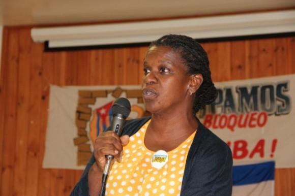 La codirectora de Pastores por la Paz, Gail Walker, intervino para ratificar su compromiso con el proyecto.