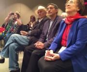 Escucharon la lectura durante el Maratón Poético, de derecha a izquierda Georgette Dorn, director de la División Hispana de la Biblioteca del Congreso; el poeta Rei Berroa y el poeta Waldo Leyva. Foto: David Montgomery / The Washington Post.