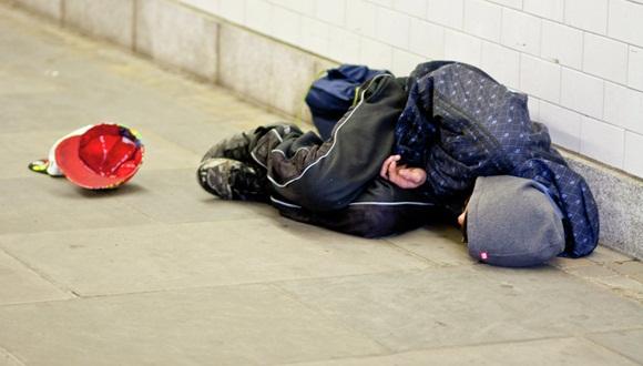 ONGs estiman en 6.500 el número de individuos que duerme cada noche a la intemperie en Londres.