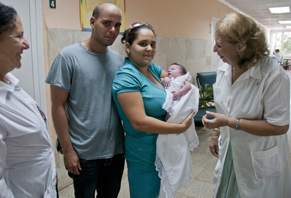 Cuba remains free of mother-to-child transmission of HIV and congenital syphilis