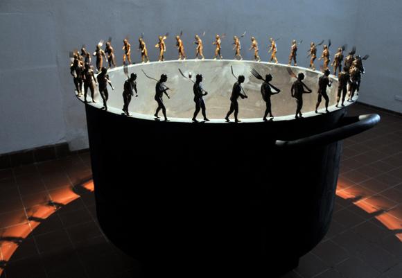 La ronda infinita, de Roberto Fabelo. Foto: Ladyrene Pérez/ Cubadebate