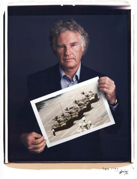 Jeff Widener, Hombre del tanque (1989).